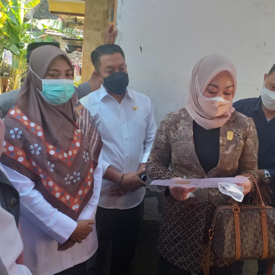 Curhatan KPM Socorejo Saat Komisi 4 DPRD Sidak BPNT