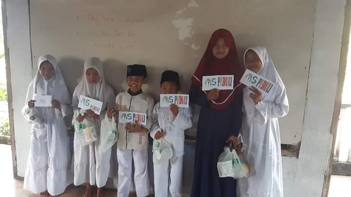 Bulan Muharrom, AnS Grup Peduli 60 Anak Yatim Socorejo